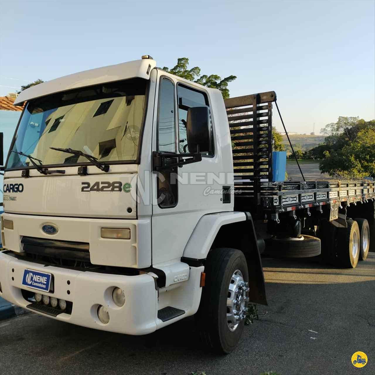 CAMINHAO FORD CARGO 2428 Carga Seca Truck 6x2 Nene Caminhões SAO JOAO DA BOA VISTA SÃO PAULO SP