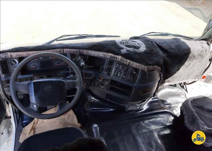 VOLVO VOLVO FH 480 250126km 2008/2008 De Santi Caminhões