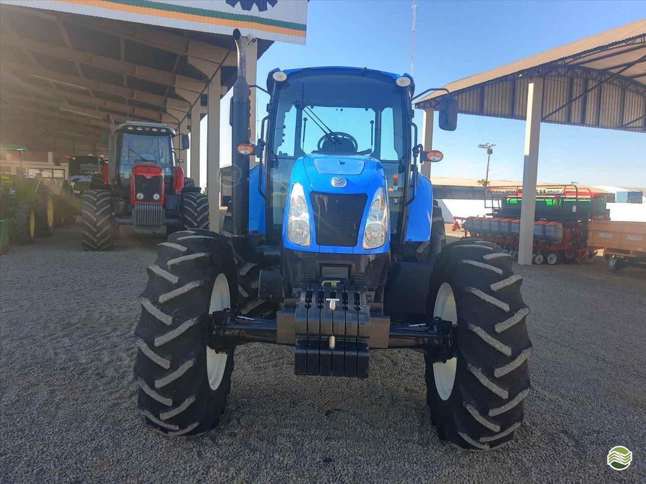 TRATOR NEW HOLLAND NEW T6 130 Tração 4x4 GR Máquinas Agrícolas ARAPONGAS PARANÁ PR