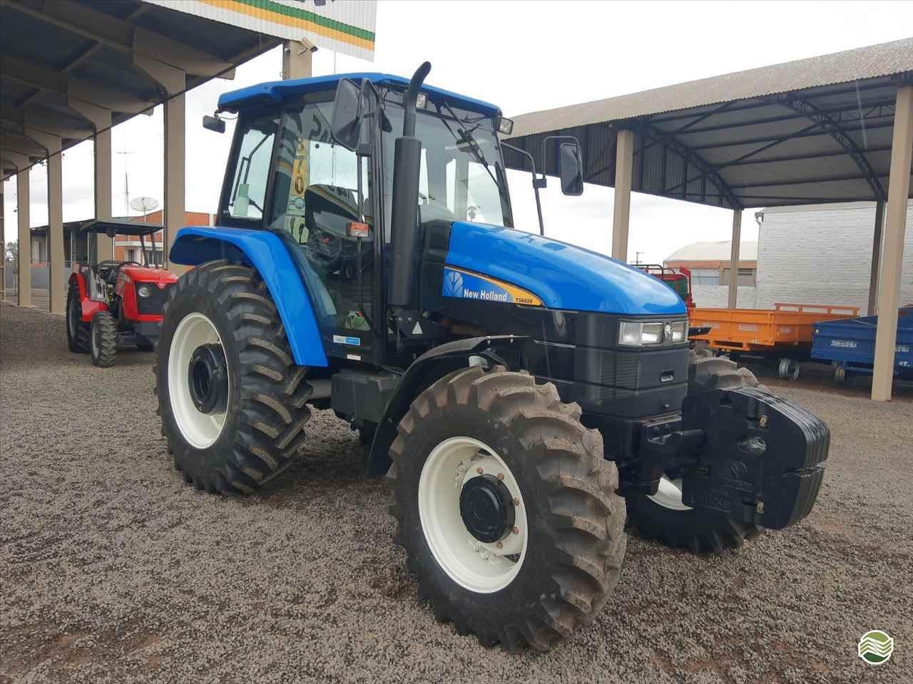 TRATOR NEW HOLLAND NEW TS 6020 Tração 4x4 GR Máquinas Agrícolas ARAPONGAS PARANÁ PR