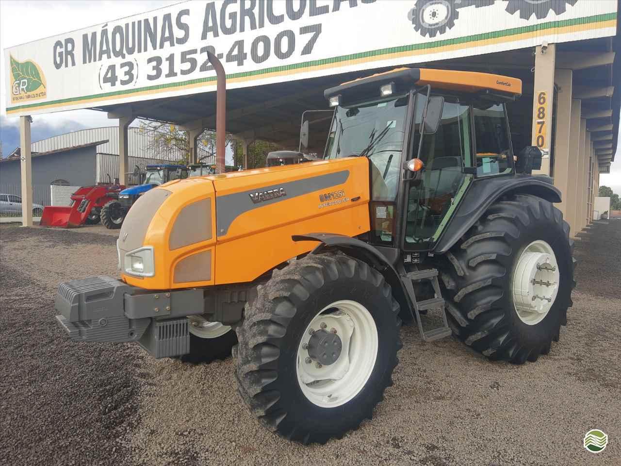 TRATOR VALTRA VALTRA BM 125 Tração 4x4 GR Máquinas Agrícolas ARAPONGAS PARANÁ PR
