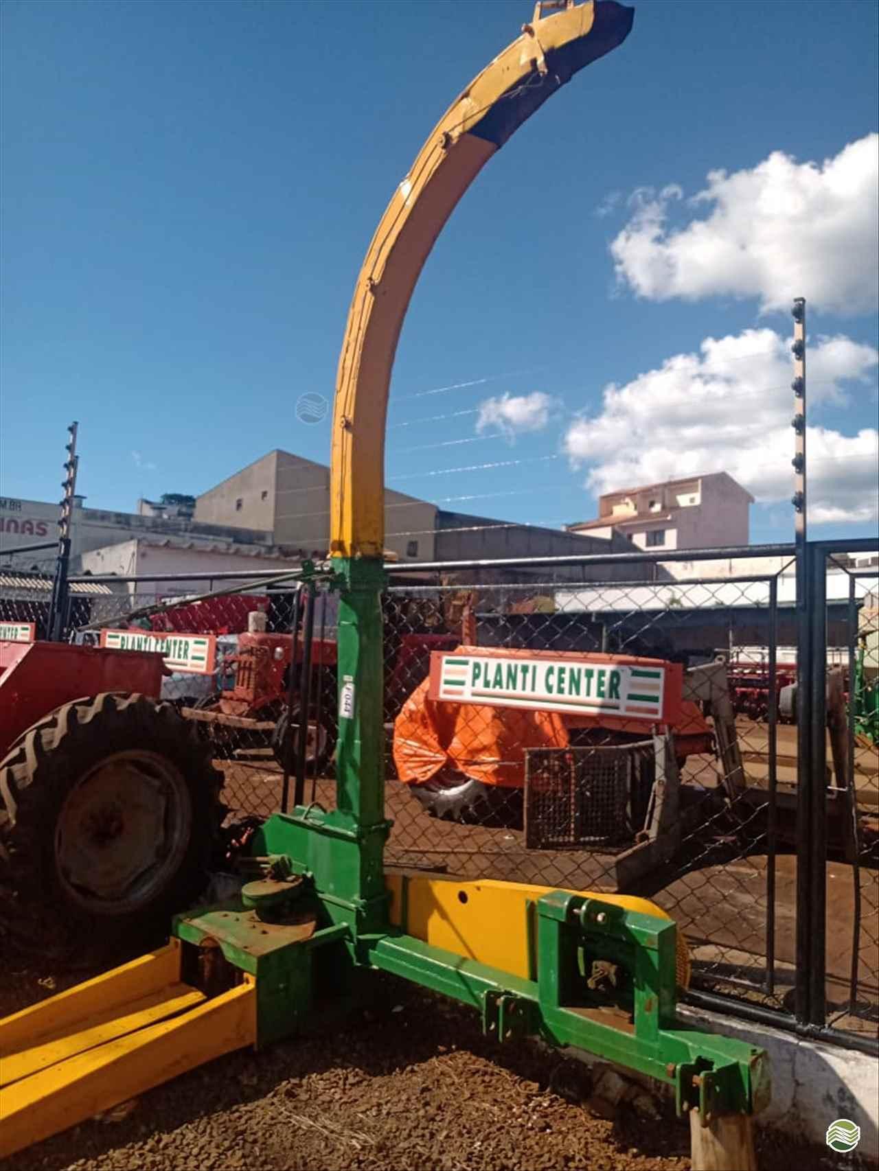 IMPLEMENTOS AGRICOLAS ENSILADEIRA ENSILADEIRA 1 LINHA Campal Máquinas CAMPO MOURAO PARANÁ PR
