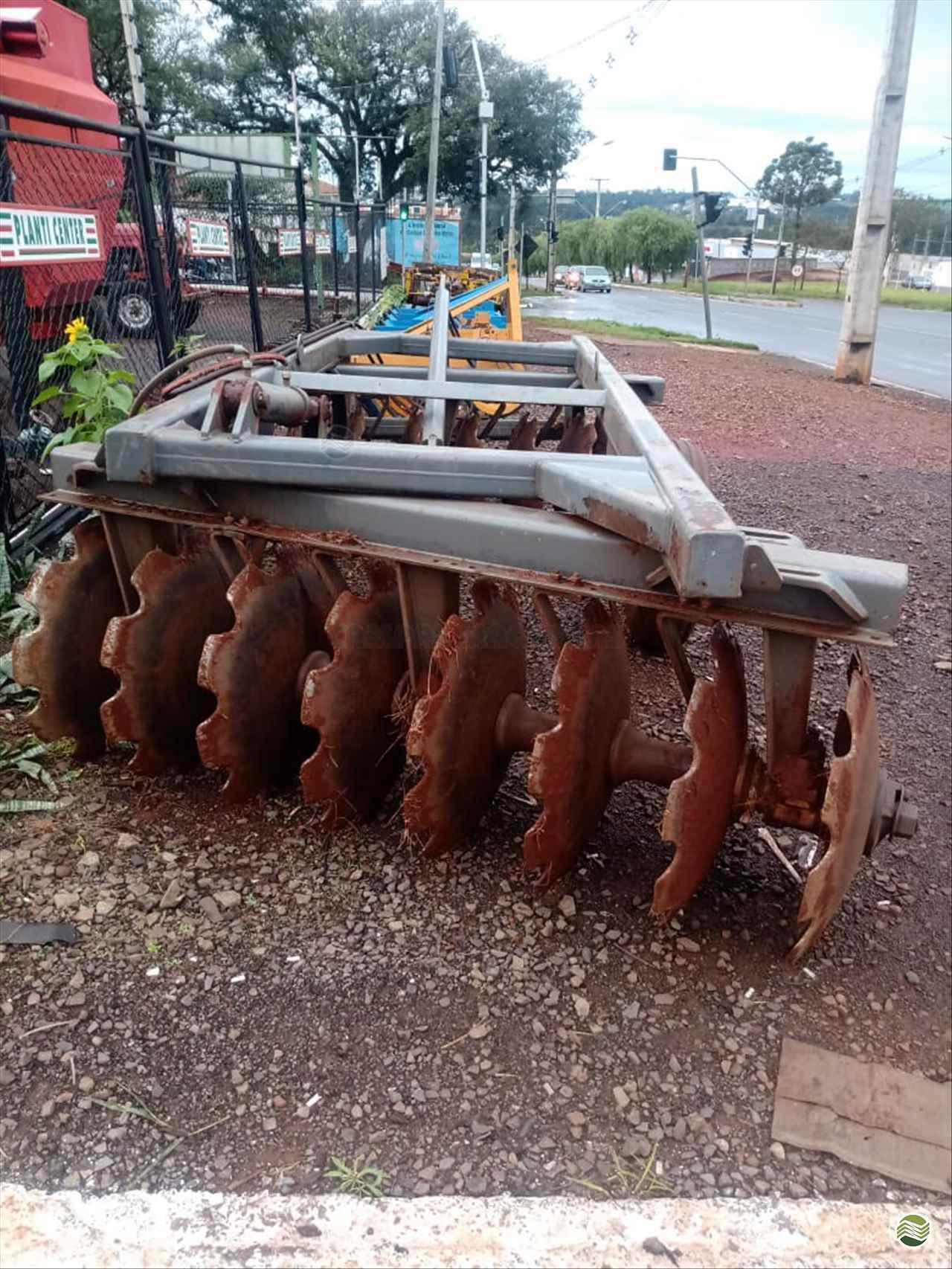 IMPLEMENTOS AGRICOLAS GRADE ARADORA ARADORA 16 DISCOS Campal Máquinas CAMPO MOURAO PARANÁ PR