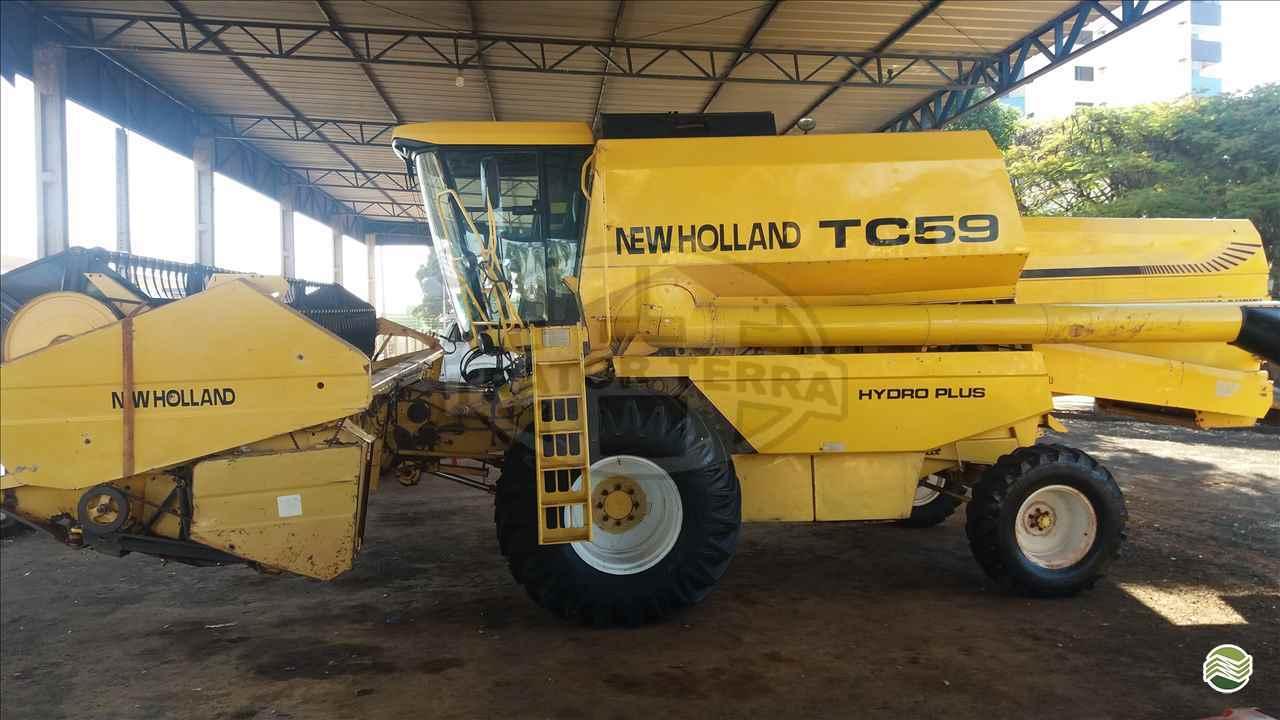 COLHEITADEIRA NEW HOLLAND TC 59 Trator Terra - Jatai JATAI GOIAS GO