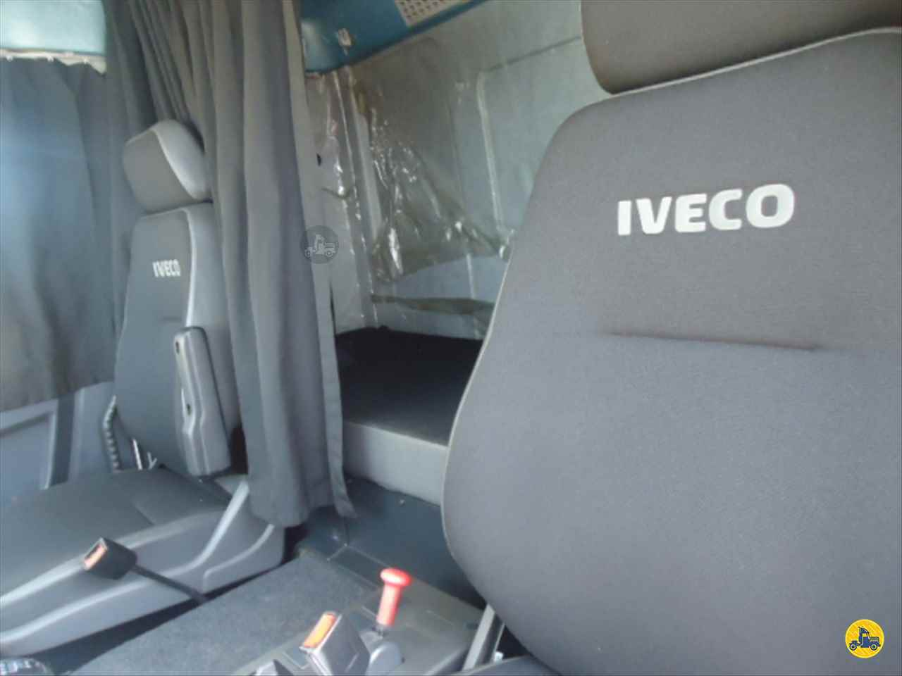 IVECO TECTOR 240E28  2014/2014 Talismã Veículos