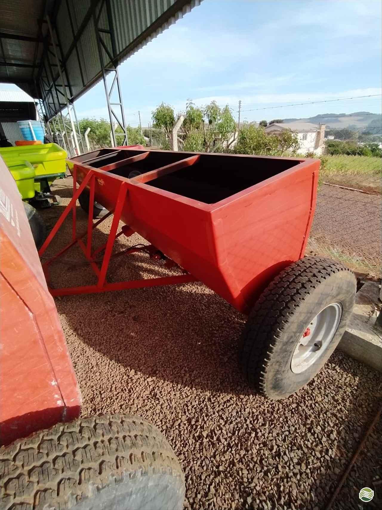 IMPLEMENTOS AGRICOLAS DISTRIBUIDOR CALCÁRIO 4500 Kg Sul Máquinas CAMPINAS DO SUL RIO GRANDE DO SUL RS