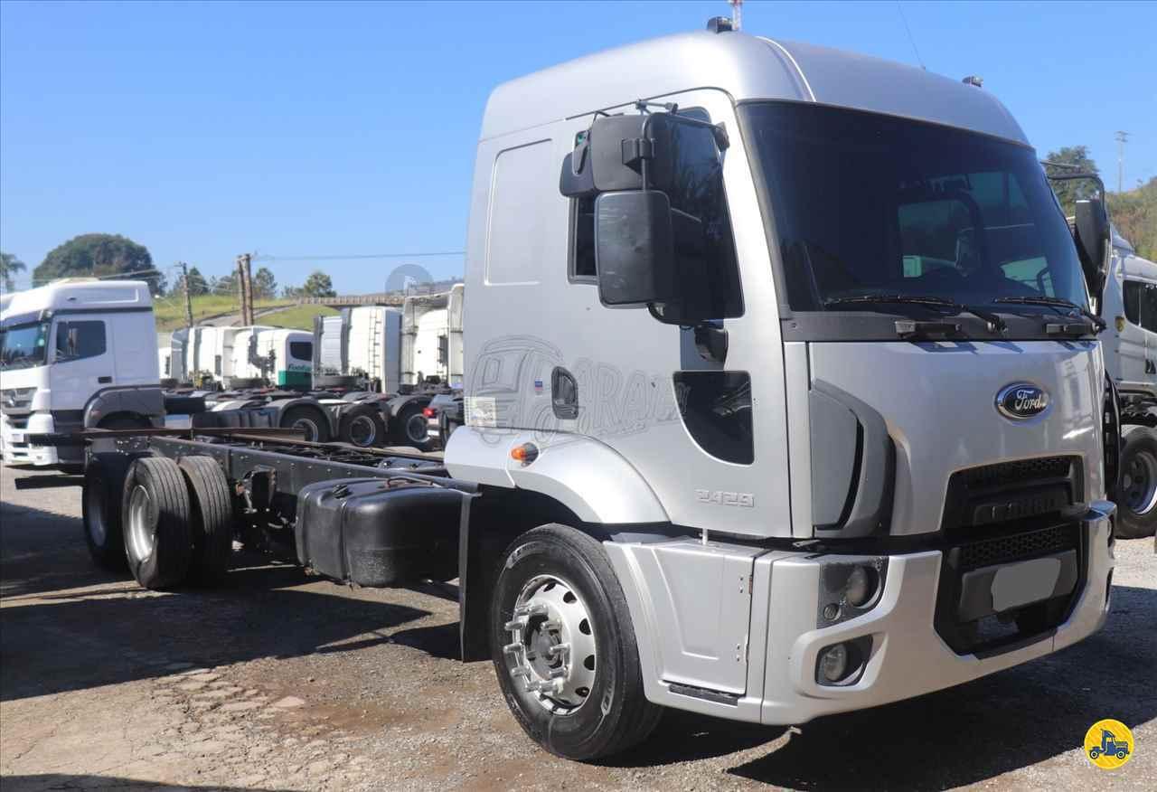CAMINHAO FORD CARGO 2429 Chassis Truck 6x2 Paraíso Pesados ARACARIGUAMA SÃO PAULO SP