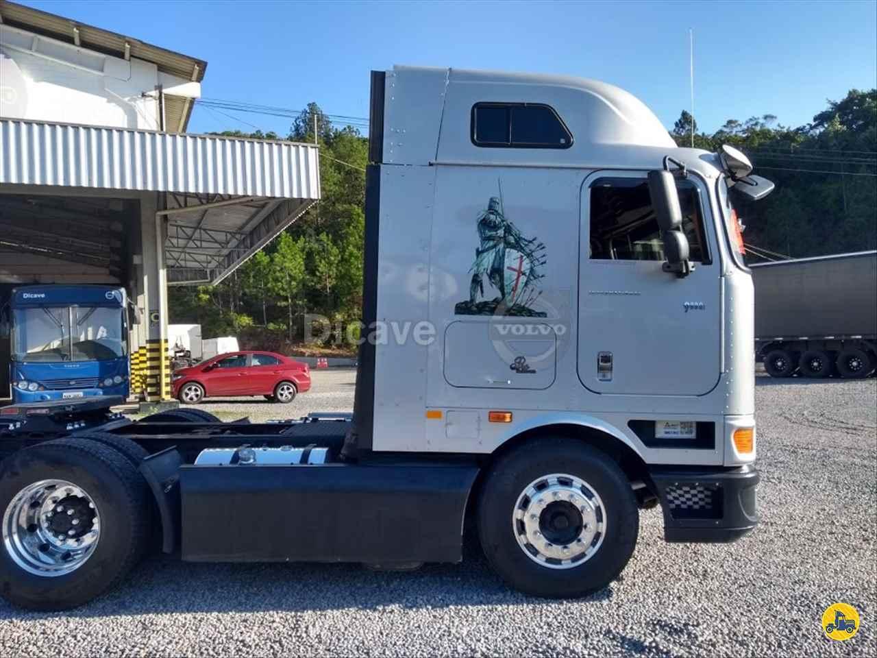 INTERNATIONAL INTERNATIONAL 9800 342852km 2012/2013 Dicave Viking Center - Volvo