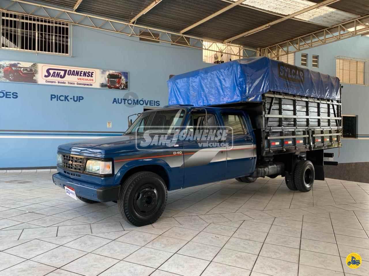 CAMINHAO GM D40 Boiadeiro 3/4 4x2 Sanjoanense Veículos SAO JOAO DA BOA VISTA SÃO PAULO SP