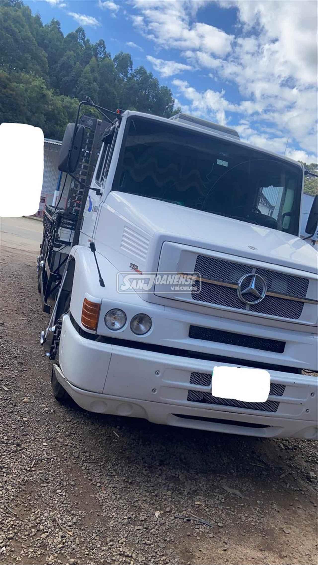 CAMINHAO MERCEDES-BENZ MB 1620 Carga Seca Truck 6x2 Sanjoanense Veículos SAO JOAO DA BOA VISTA SÃO PAULO SP