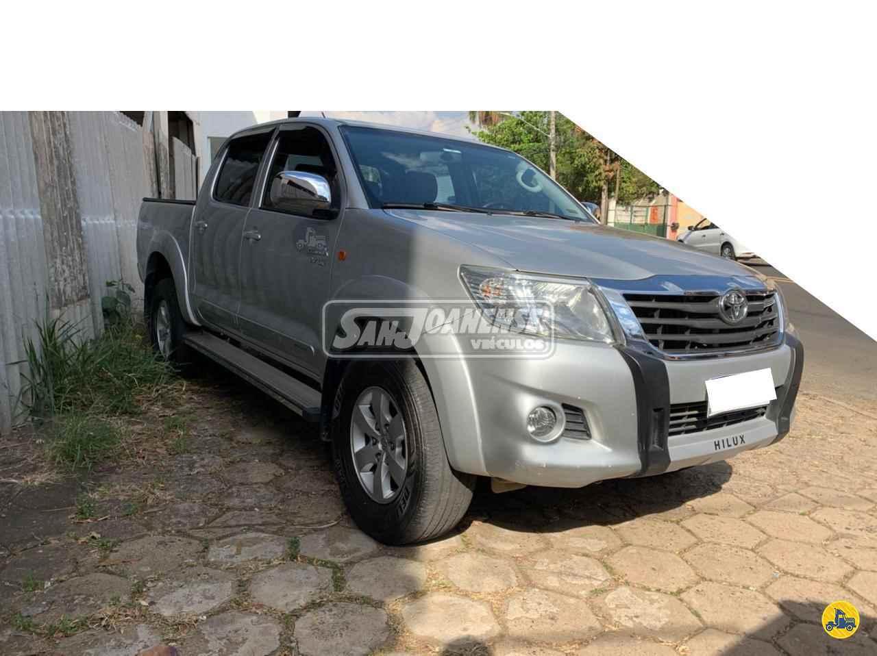 CARRO TOYOTA Hilux 2.7 SRV Sanjoanense Veículos SAO JOAO DA BOA VISTA SÃO PAULO SP