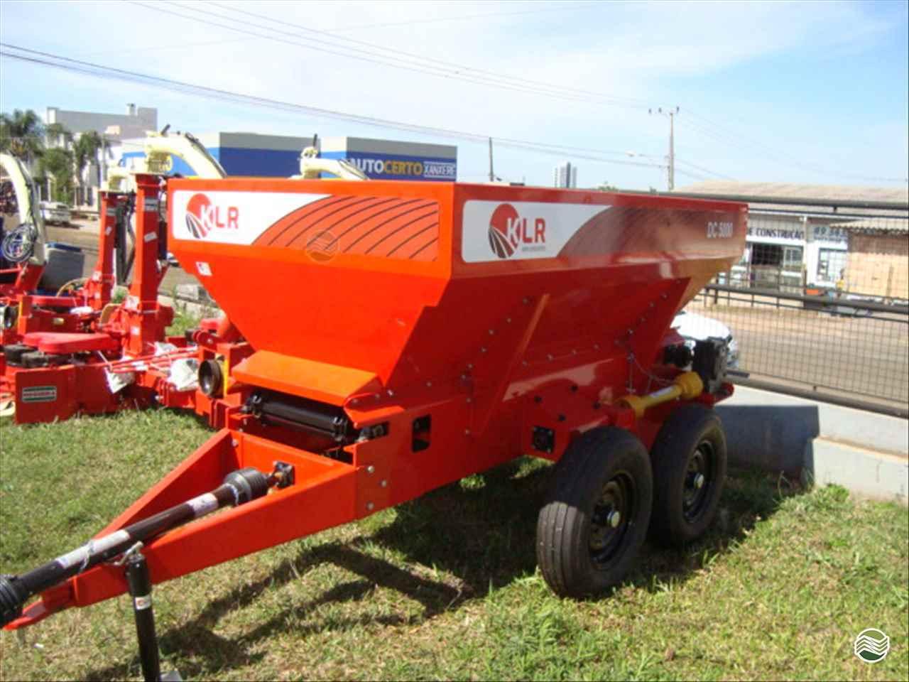 IMPLEMENTOS AGRICOLAS DISTRIBUIDOR CALCÁRIO 5000 Kg Tratordiesel - Landini XANXERE SANTA CATARINA SC