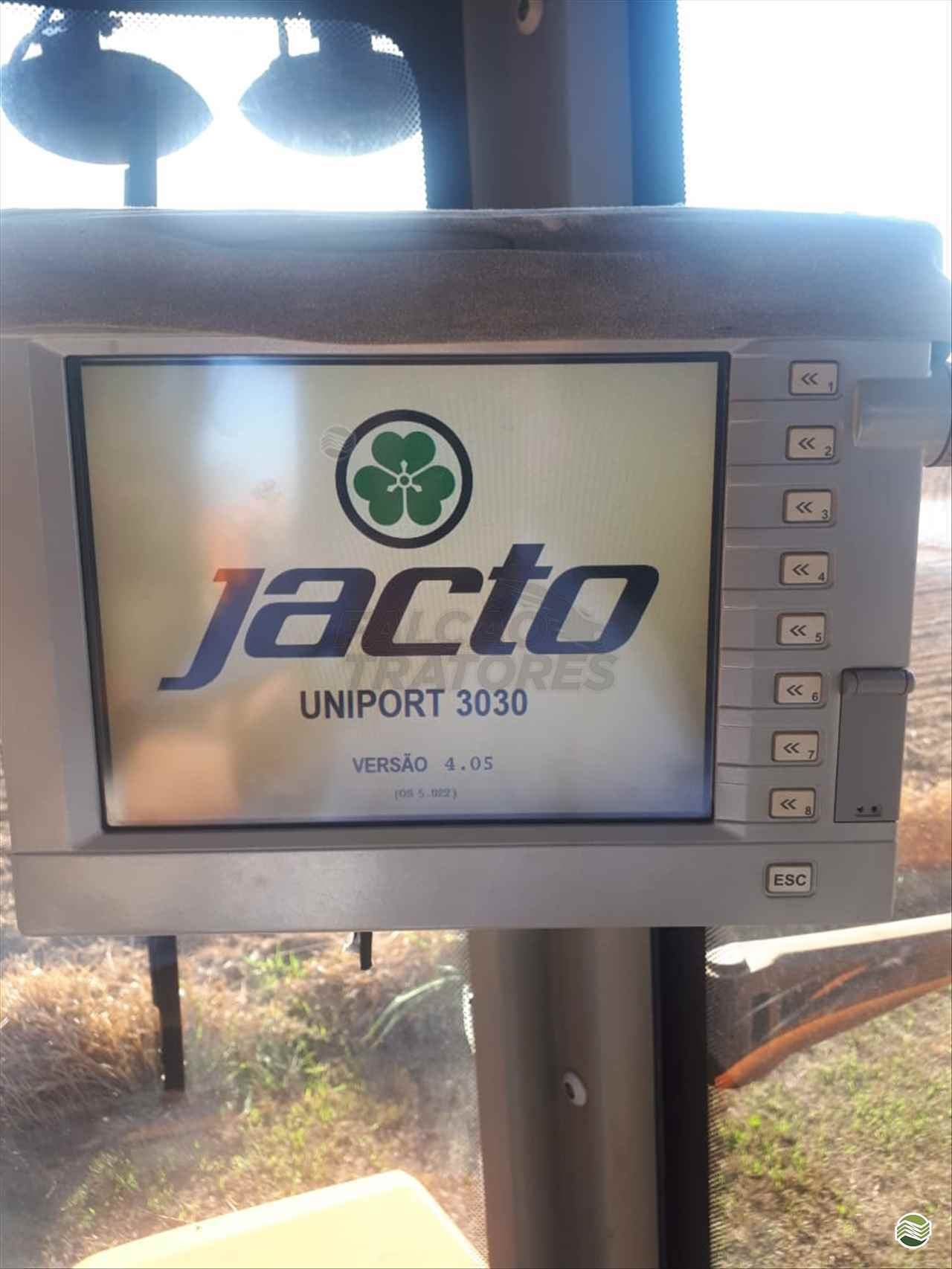 JACTO UNIPORT 3030  2014/2014 Falcão Tratores - Jacto - Landini