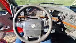 VOLVO VOLVO FH 440 1050000km 2010/2010 MacPonta Caminhões - DAF