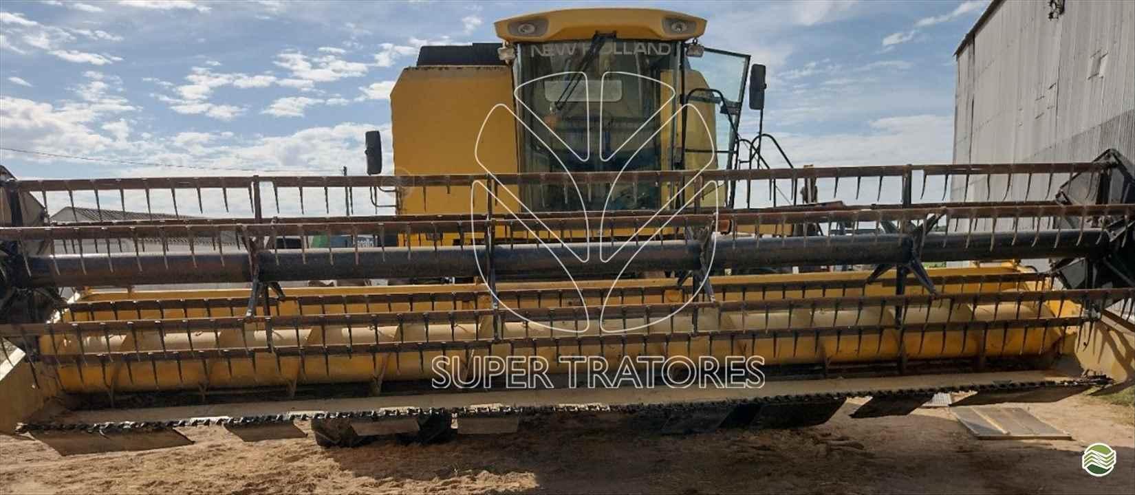 COLHEITADEIRA NEW HOLLAND TC 5090 Super Tratores - New Holland - Matriz SANTA MARIA RIO GRANDE DO SUL RS