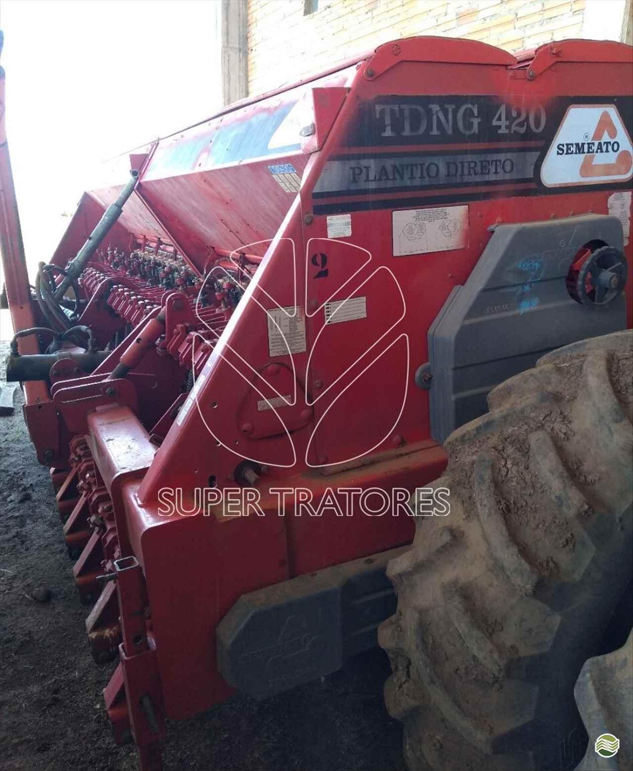 PLANTADEIRA SEMEATO SEMEATO TDNG420 Super Tratores - New Holland - Matriz SANTA MARIA RIO GRANDE DO SUL RS