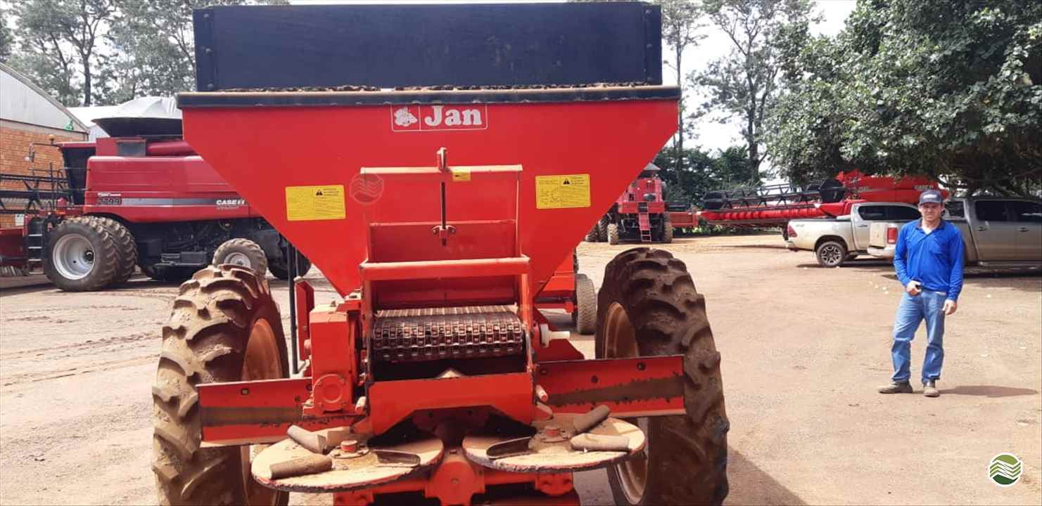 CALCÁRIO 5500 Kg de Guimáquina Implementos Agrícolas - Jacto - RONDONOPOLIS/MT