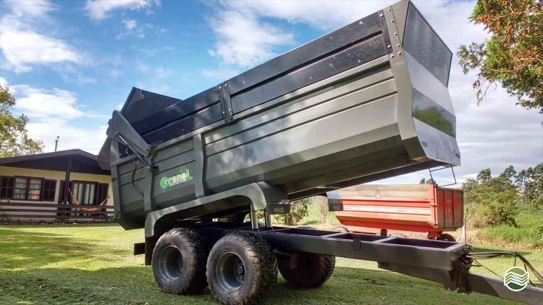 DISTRIBUIDOR CALCÁRIO 10000 Kg  2020 Terral Máquinas e Peças Agrícolas