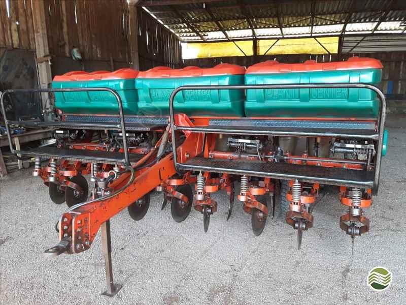 PLANTI CENTER NEW LINE PC 9  2002/2002 Terral Máquinas e Peças Agrícolas
