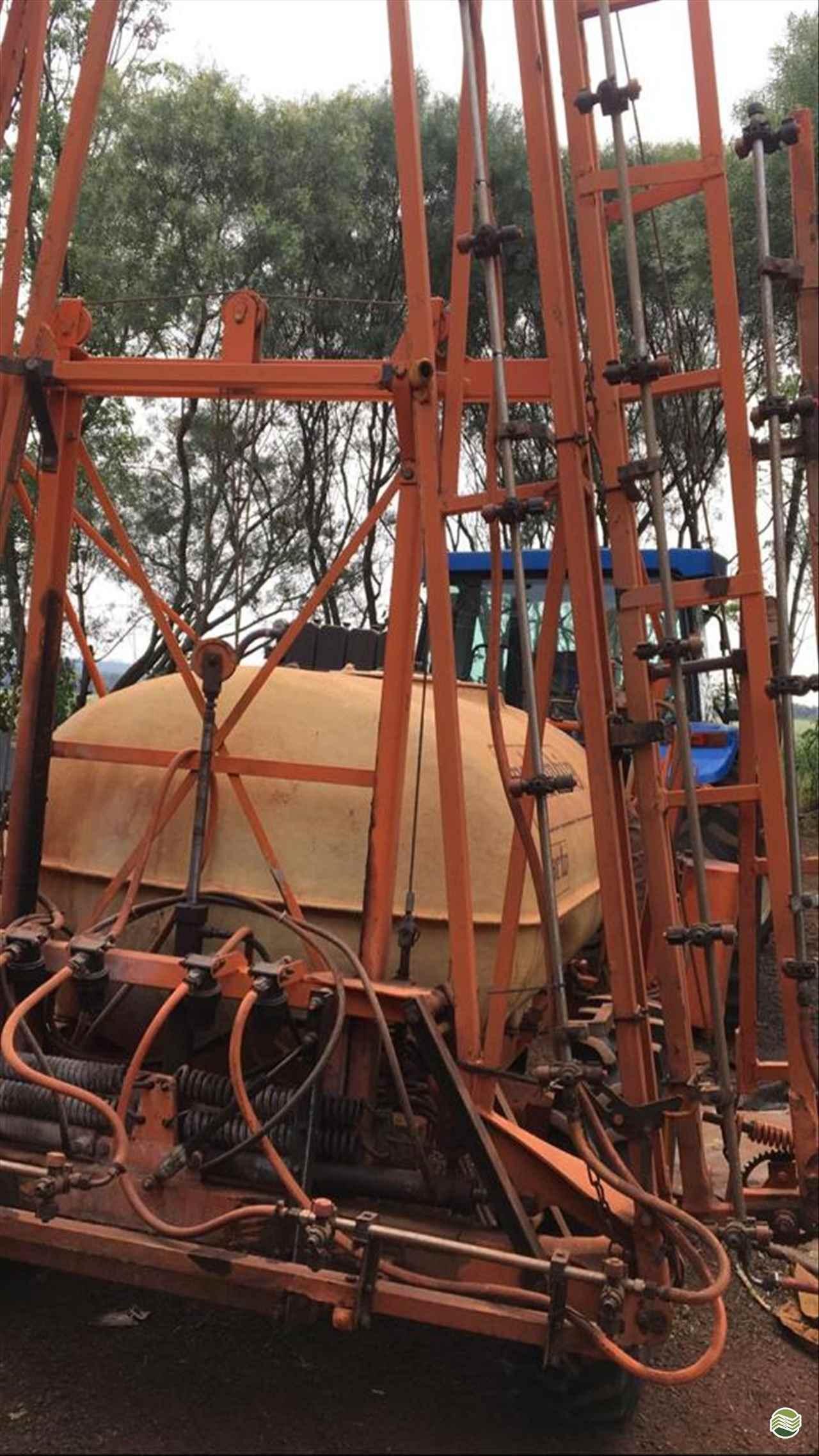 COLUMBIA A17 de Terral Máquinas e Peças Agrícolas - CASCAVEL/PR