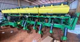 JOHN DEERE PLANTADEIRAS 2117  2012/2012 Rural Vendas