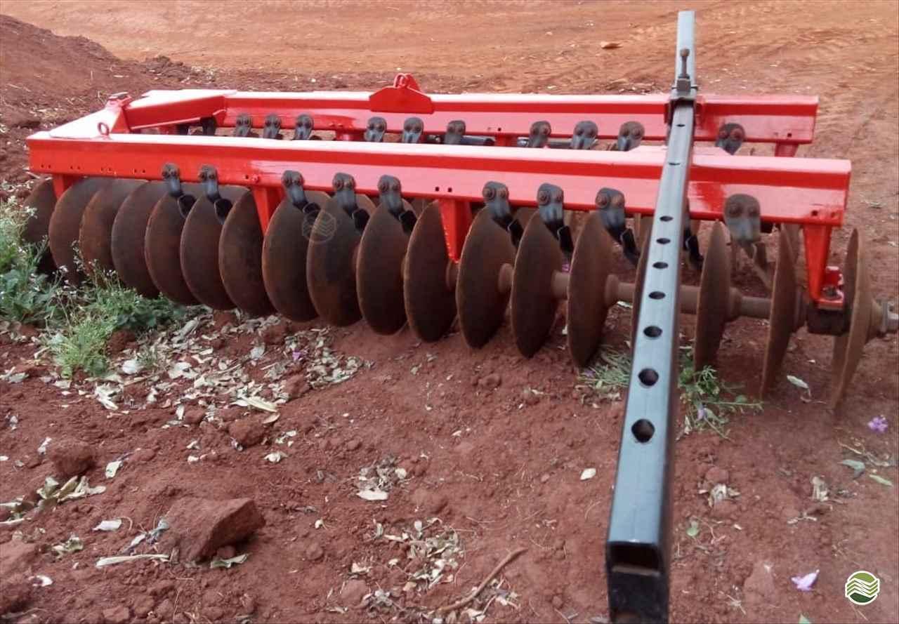 IMPLEMENTOS AGRICOLAS GRADE NIVELADORA NIVELADORA 36 DISCOS Rural Vendas TERRA ROXA PARANÁ PR