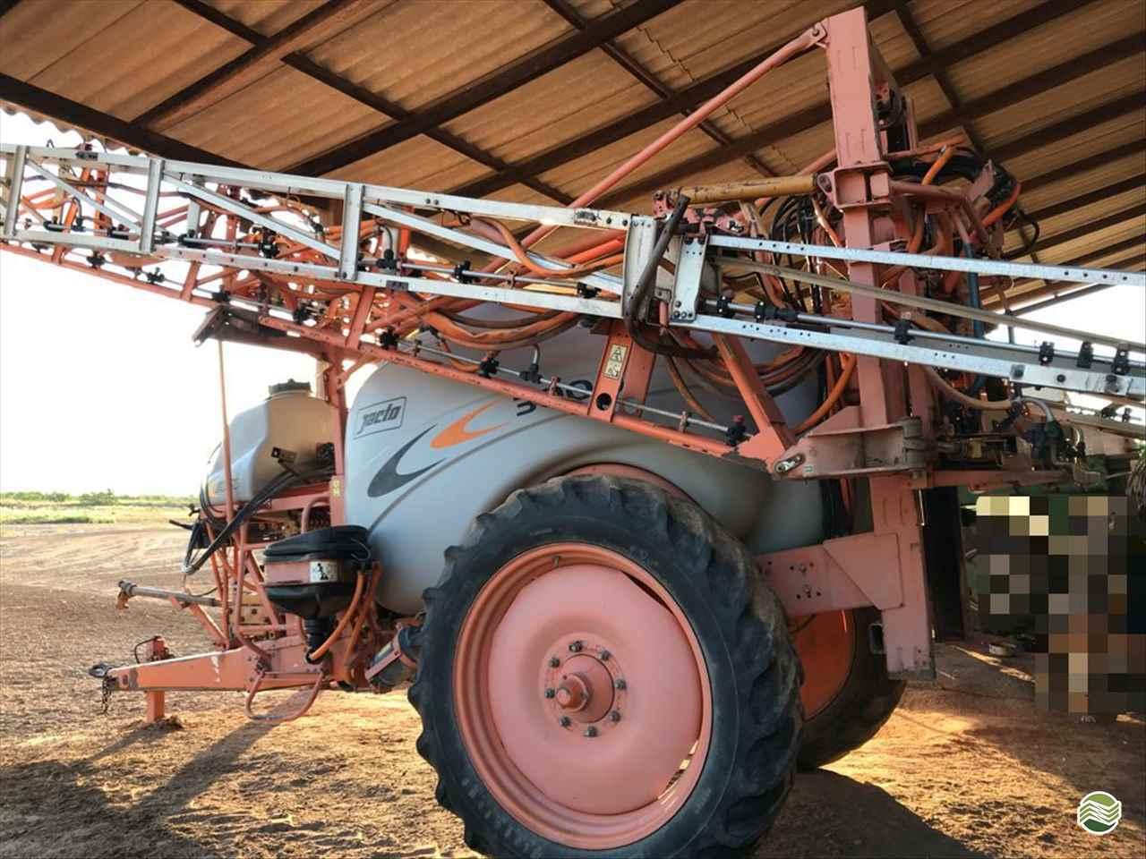 PULVERIZADOR JACTO ADVANCE 3000 AM24 Arrasto Rural Vendas TERRA ROXA PARANÁ PR