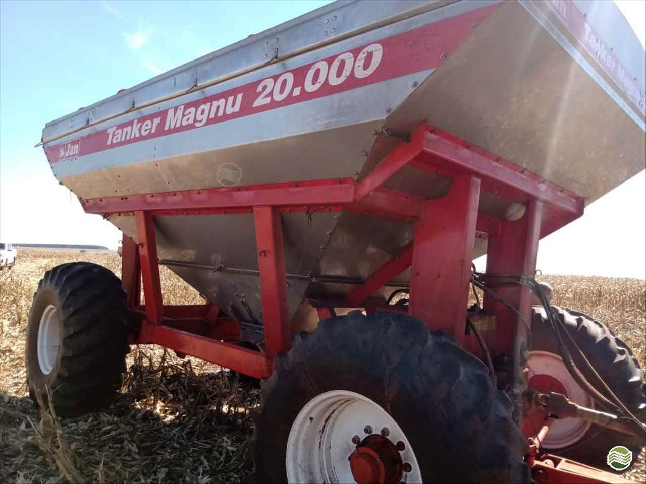 IMPLEMENTOS AGRICOLAS CARRETA BAZUKA GRANELEIRA 20000 Rural Vendas TERRA ROXA PARANÁ PR