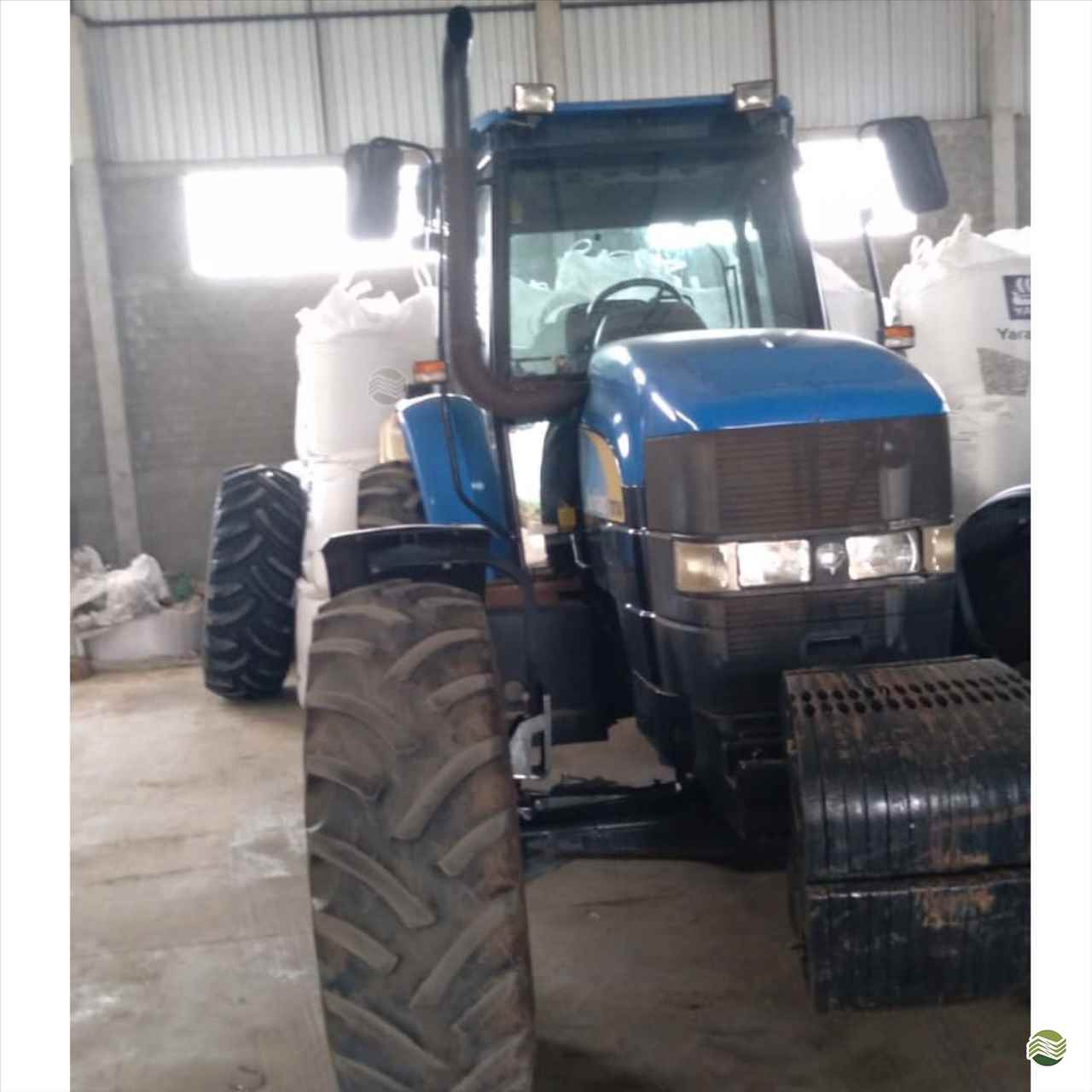 TRATOR NEW HOLLAND NEW TM 7040 Tração 4x4 Rural Vendas TERRA ROXA PARANÁ PR