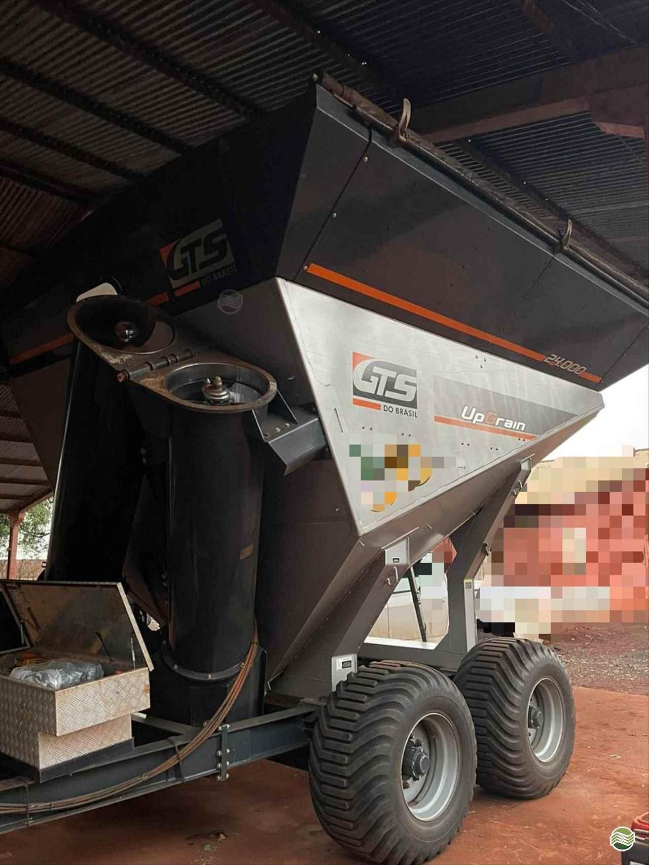 IMPLEMENTOS AGRICOLAS CARRETA BAZUKA GRANELEIRA 24000 Rural Vendas TERRA ROXA PARANÁ PR
