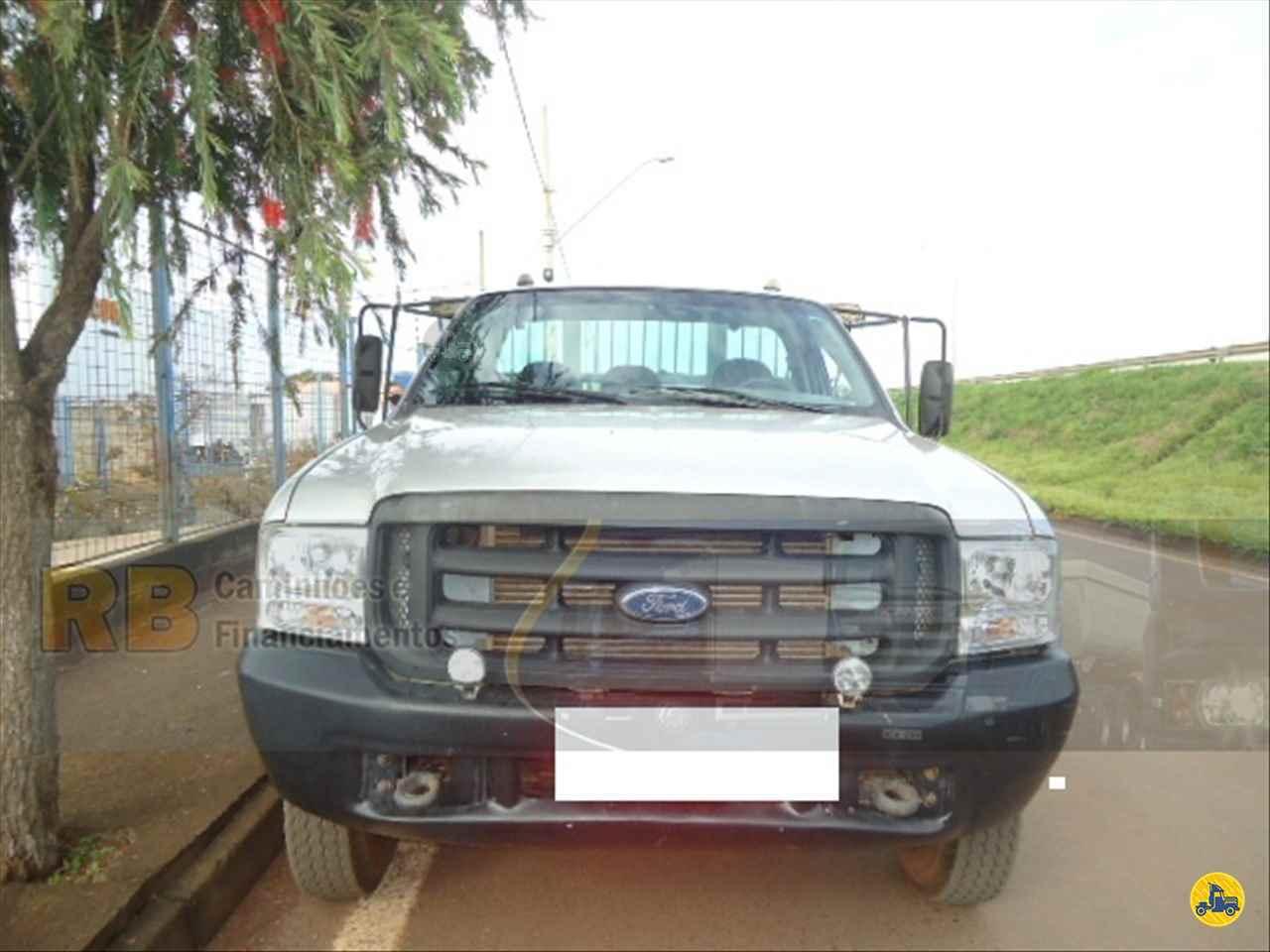 CAMINHAO FORD F4000 Carga Seca Toco 4x2 RB Caminhões & Financiamentos ARAGUARI MINAS GERAIS MG