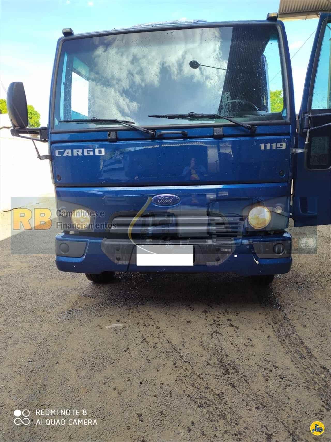 CAMINHAO FORD CARGO 1119 Carga Seca Toco 4x2 RB Caminhões & Financiamentos ARAGUARI MINAS GERAIS MG
