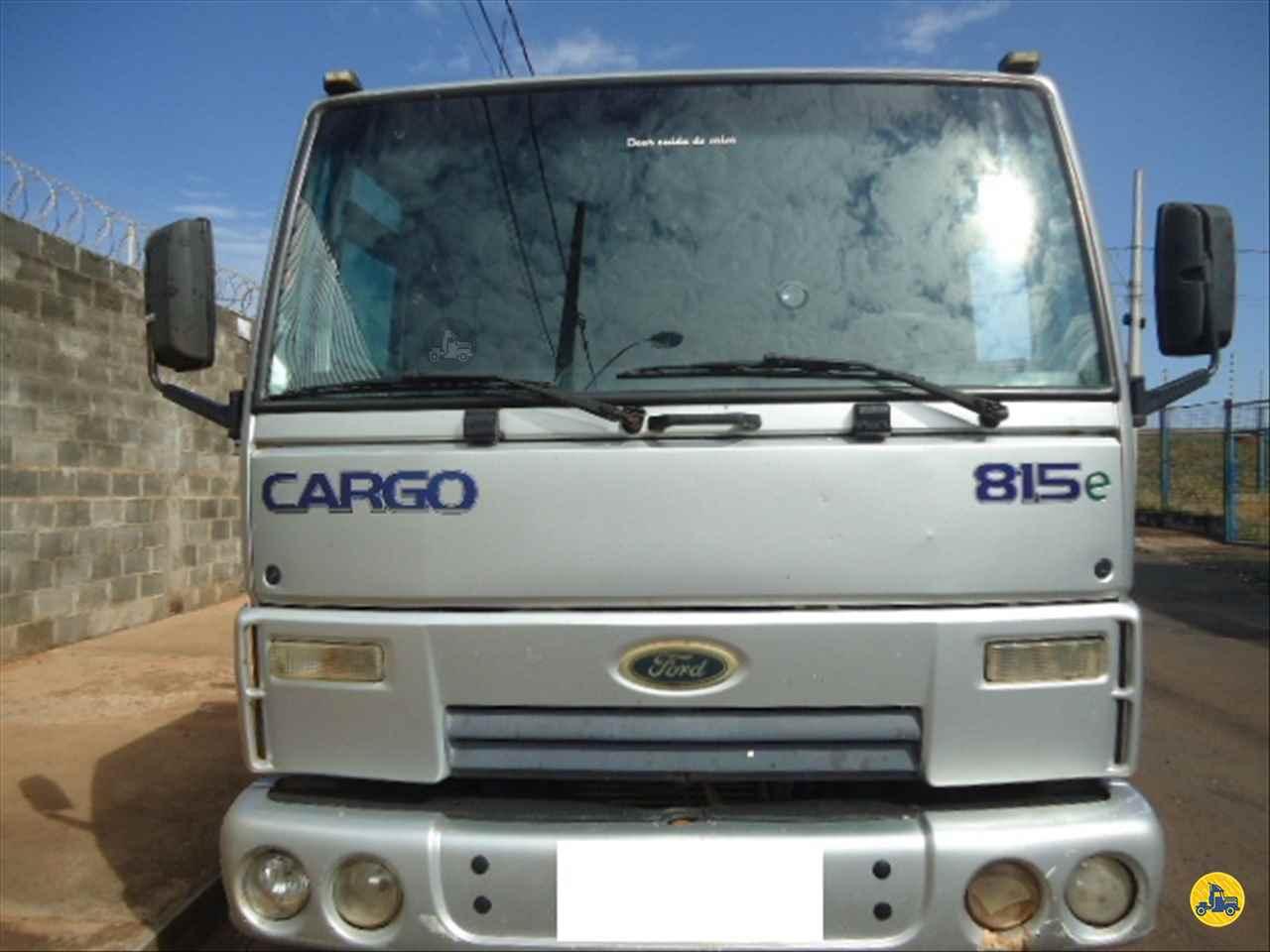 CAMINHAO FORD CARGO 815 Graneleiro 3/4 4x2 RB Caminhões & Financiamentos ARAGUARI MINAS GERAIS MG