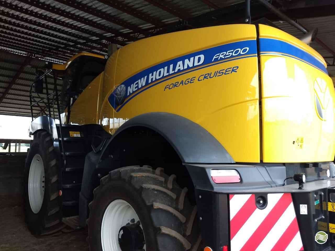 NEW HOLLAND FORRAGEIRA FR500  20 Pedrinho Tratores