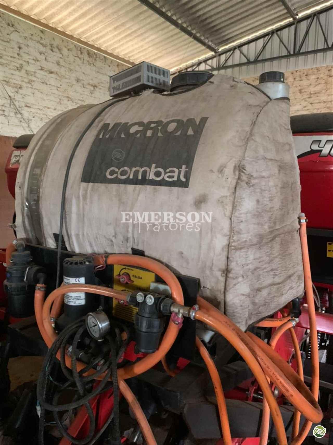 PULVERIZADOR MICRON COMBAT 300 Acoplado Hidráulico Emerson Tratores PONTA GROSSA PARANÁ PR