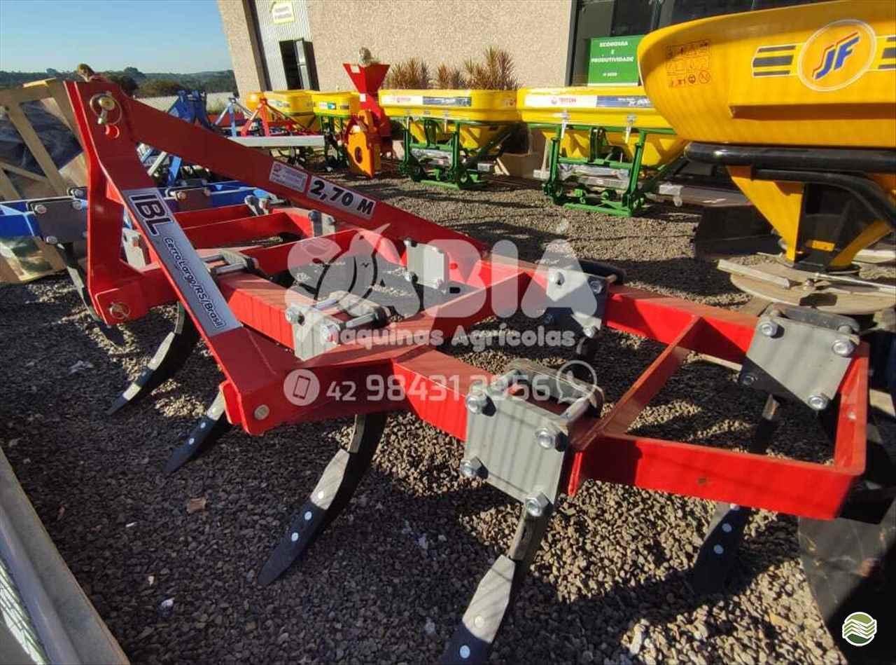 IMPLEMENTOS AGRICOLAS SUBSOLADOR 9 HASTES Sabiá Máquinas Agrícolas - Landini IRATI PARANÁ PR