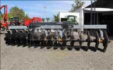 GRADE INTERMEDIÁRIA INTERMEDIÁRIA 30 DISCOS  20 AGROBILL Tratores & Implementos Agrícolas