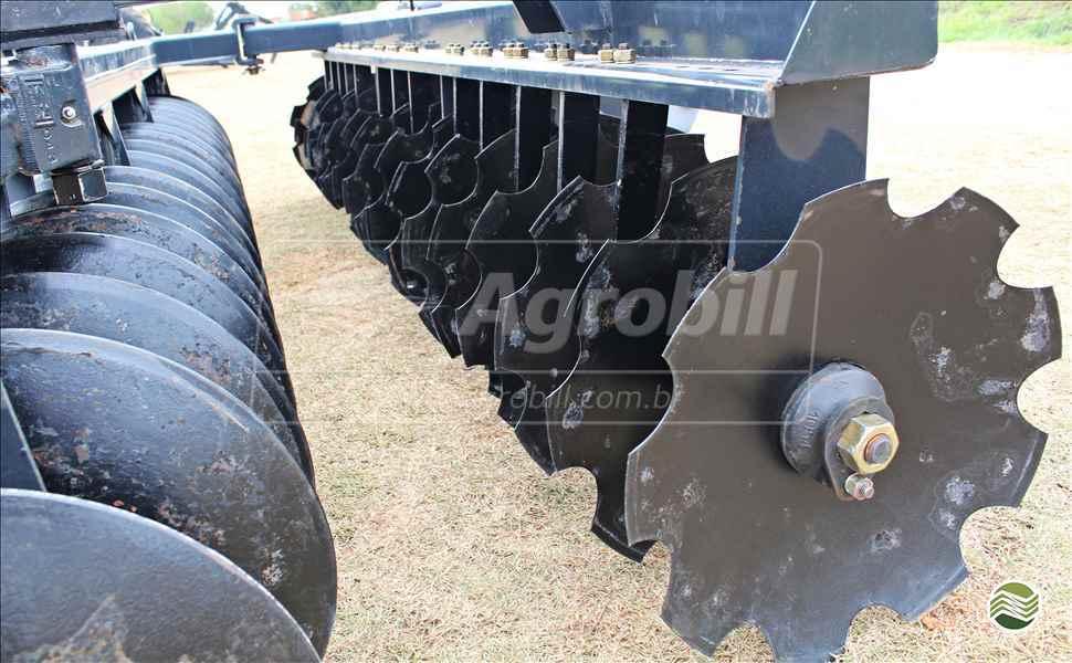 GRADE NIVELADORA NIVELADORA 36 DISCOS  20 AGROBILL Tratores & Implementos Agrícolas