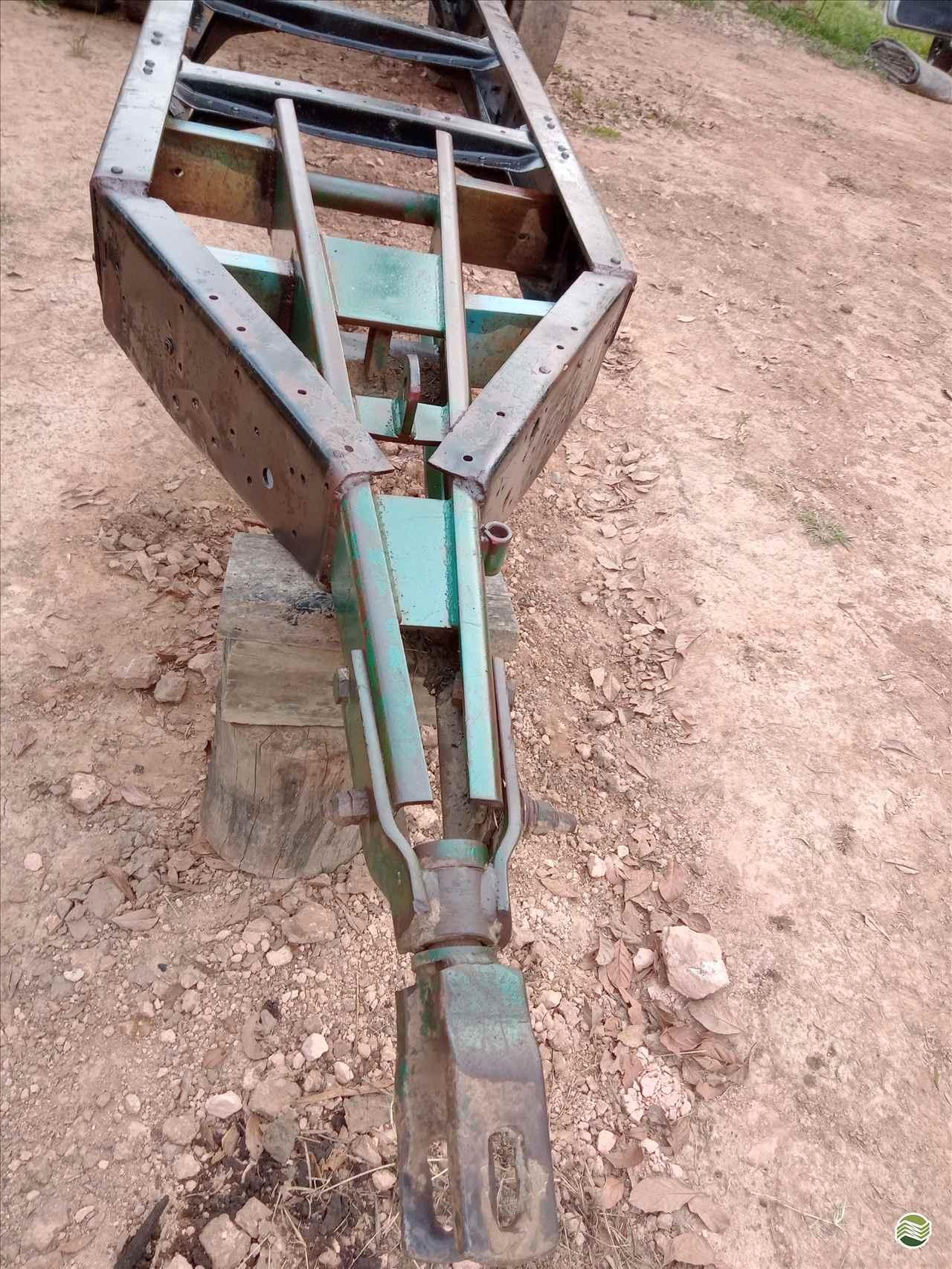 CARRETA AGRÍCOLA CARRETA CHASSI  1980 Mercadão da Terra Implementos Agrícolas