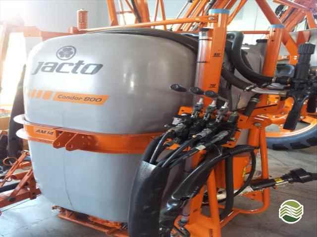 PULVERIZADOR JACTO CONDOR 600 AM14 Acoplado Hidráulico Milani Máquinas FRANCISCO BELTRAO PARANÁ PR