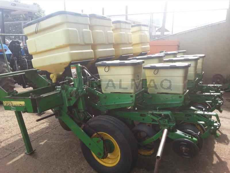 JOHN DEERE PLANTADEIRAS 908  2000/2000 Nalmaq Máquinas Agrícolas