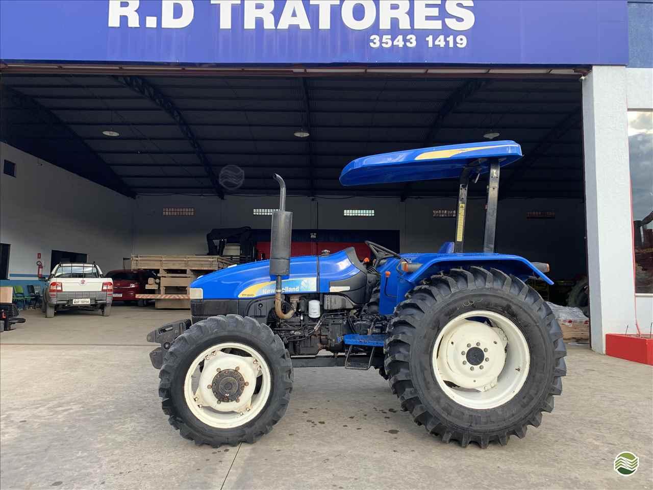 TRATOR NEW HOLLAND NEW TT 3840 Tração 4x4 RD Tratores PAULO FRONTIN PARANÁ PR