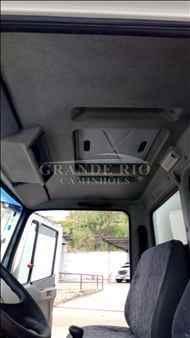 MERCEDES-BENZ MB 710 276000km 2009/2009 Grande Rio Caminhões
