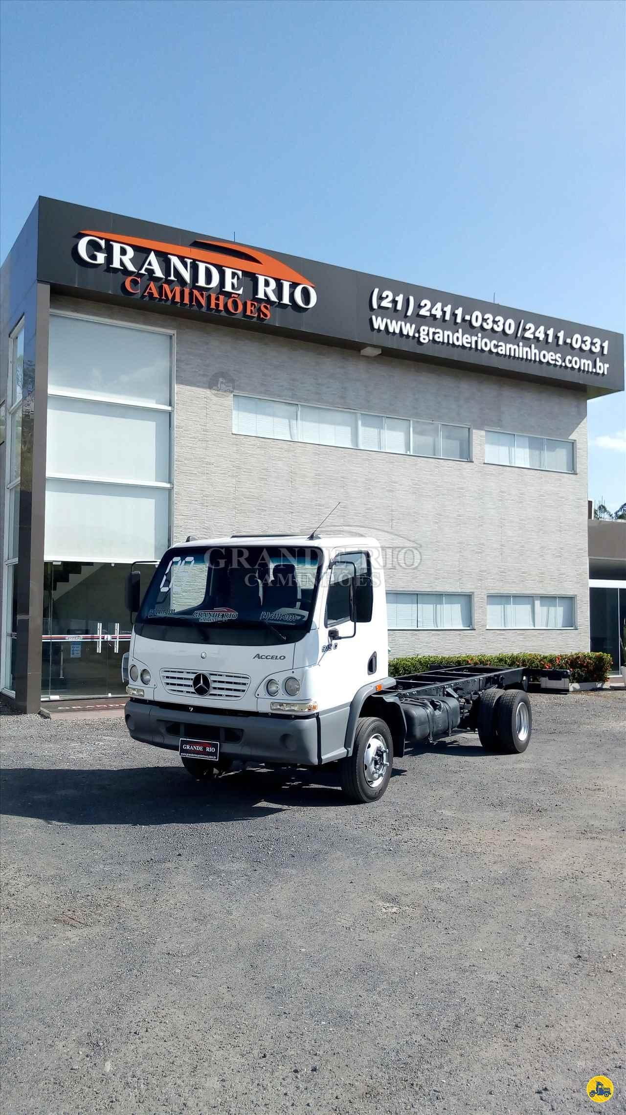 CAMINHAO MERCEDES-BENZ MB 915 Gaiola de Gás Toco 4x2 Grande Rio Caminhões RIO DE JANEIRO RIO DE JANEIRO RJ