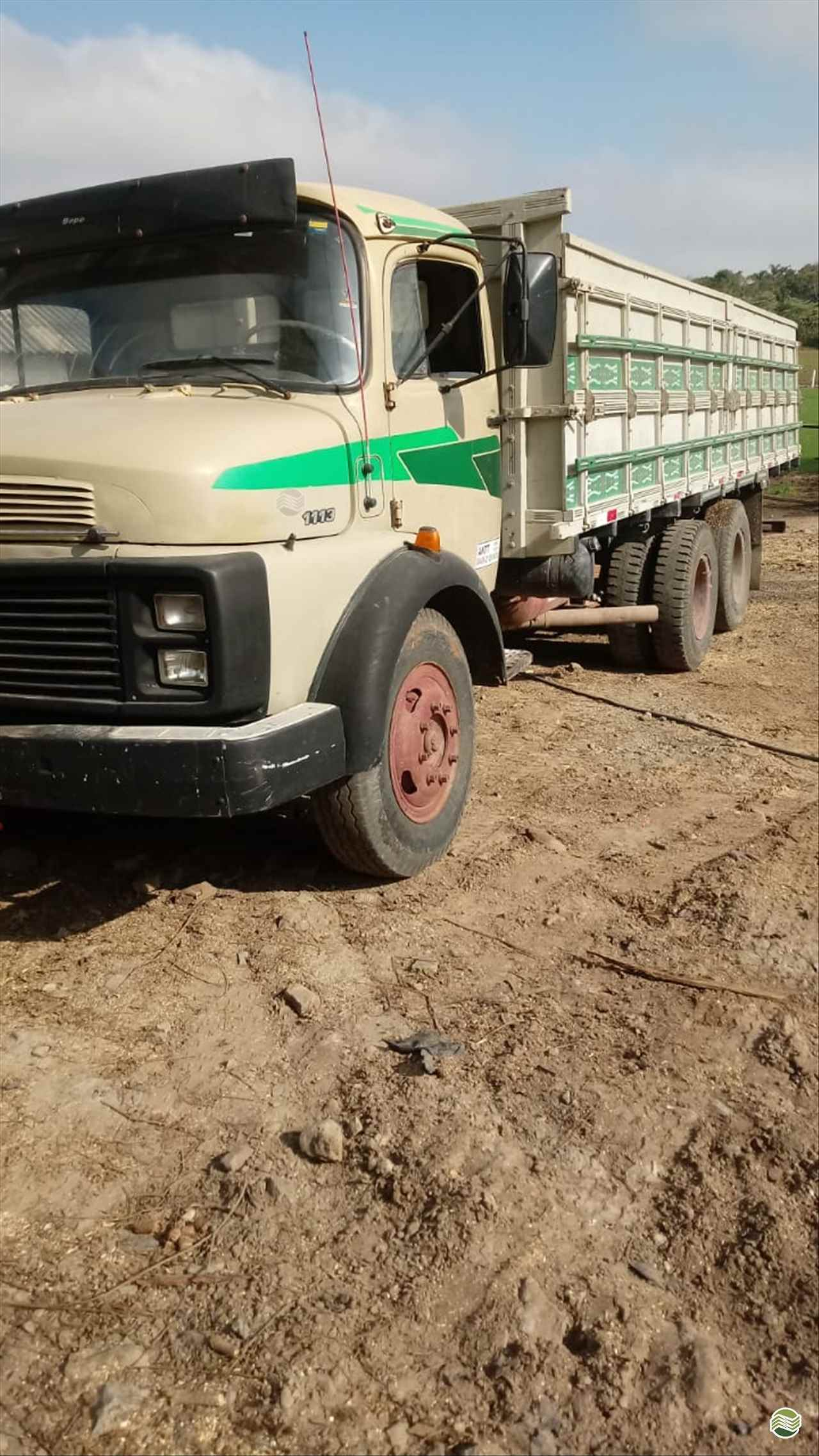 CAMINHAO MERCEDES-BENZ MB 1113 Carroceria Cabine Suplementar Toco 4x2 Dalzotto Equipamentos Agrícolas PRUDENTOPOLIS PARANÁ PR