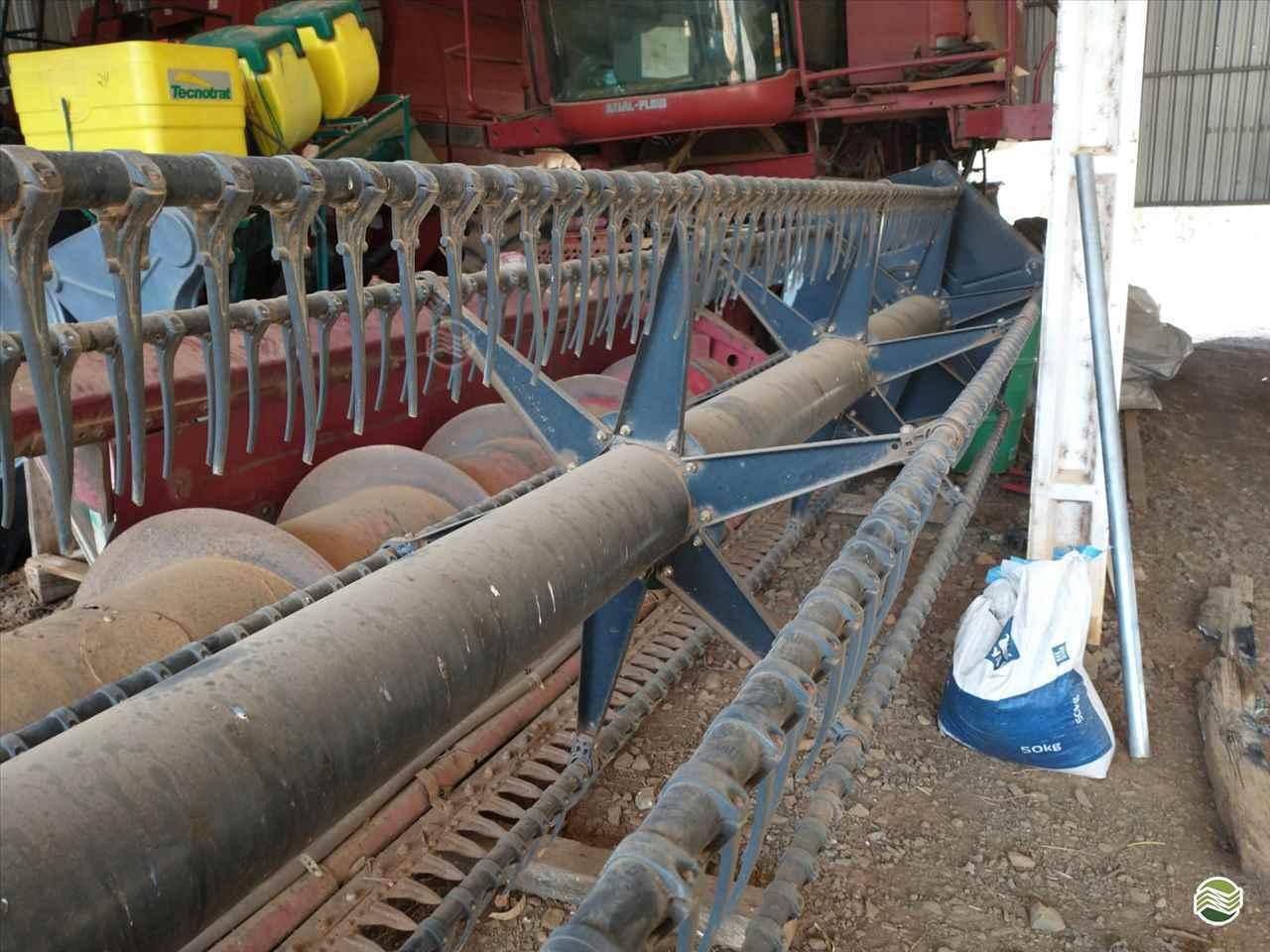 COLHEITADEIRA CASE CASE 2388 Dalzotto Equipamentos Agrícolas PRUDENTOPOLIS PARANÁ PR