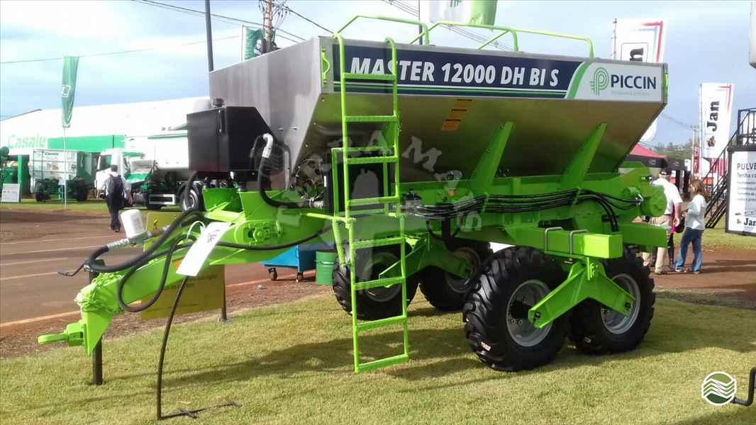 DISTRIBUIDOR CALCÁRIO 12000 Kg  2020 Terra Mais Implementos Agrícolas