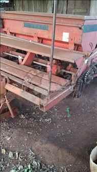 SEMEATO SEMEATO PSE 8  1995/1995 Terra Mais Implementos Agrícolas