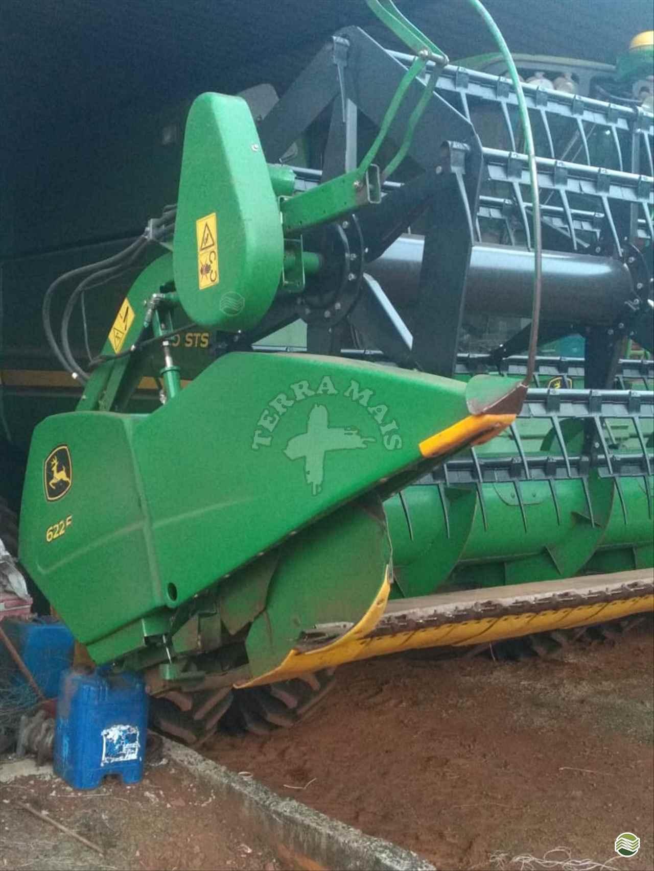 PLATAFORMA COLHEITADEIRA JOHN DEERE JOHN DEERE 622F Terra Mais Implementos Agrícolas TOLEDO PARANÁ PR