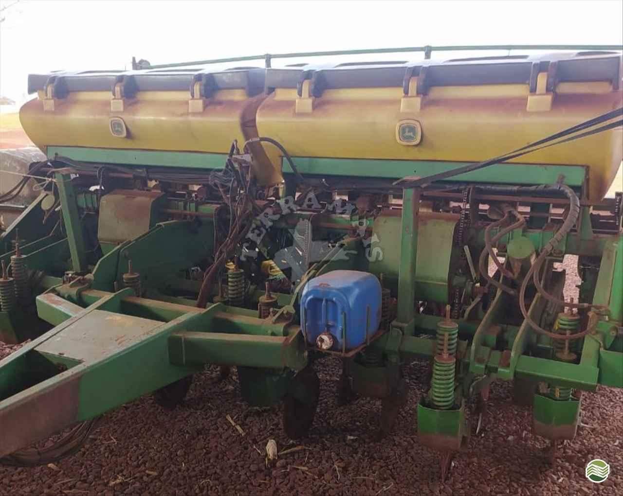 PLANTADEIRA JOHN DEERE PLANTADEIRAS 1109 Terra Mais Implementos Agrícolas TOLEDO PARANÁ PR